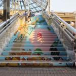 西中美術部、階段アート完成まであと一息