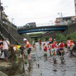 早渕川クリーン作戦でガーデン建設用地のゴミ拾い(9月3日)