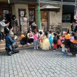 約400人の子どもたちがハロウィン仮装でまち歩き